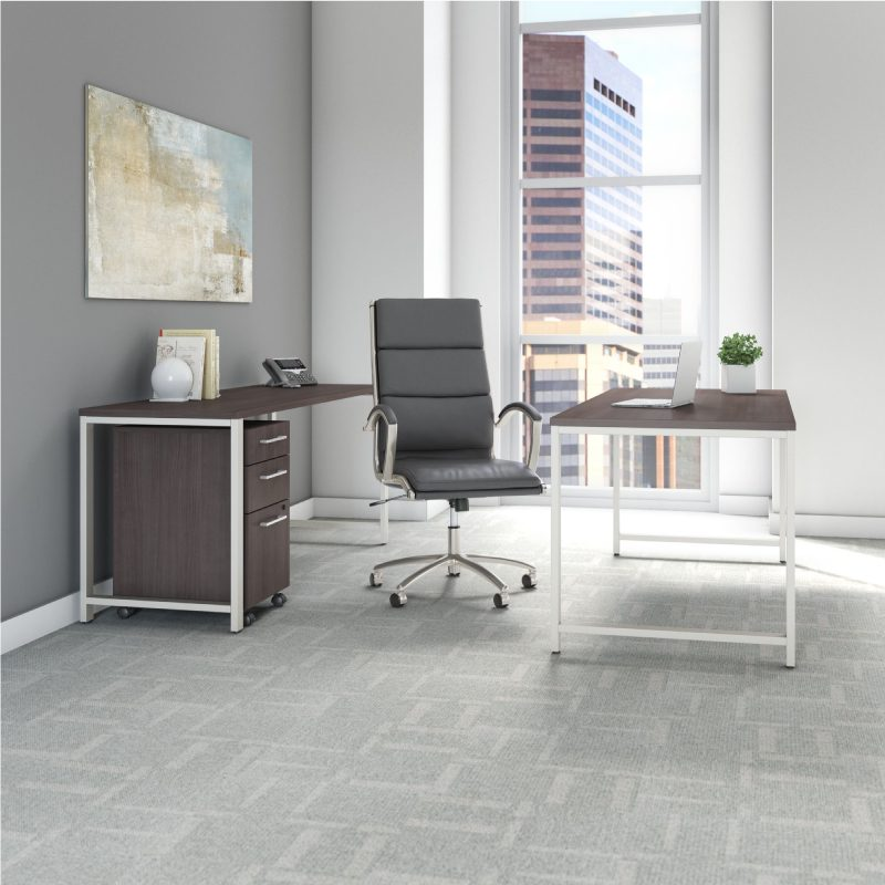 400 series office furniture in a high-rise office