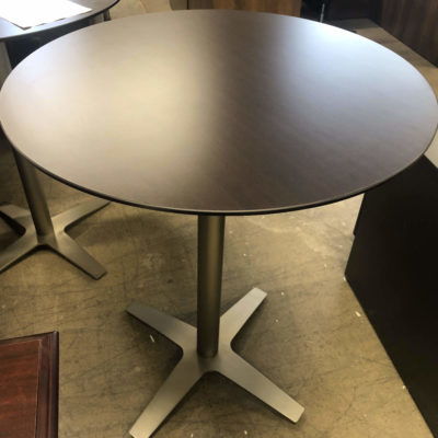 Cafe Table With Knife Edge