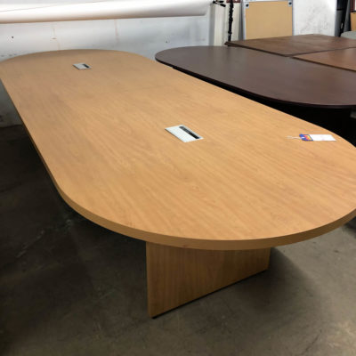 HON Preside Conference Table
