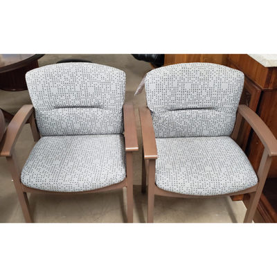hon-guest-seating